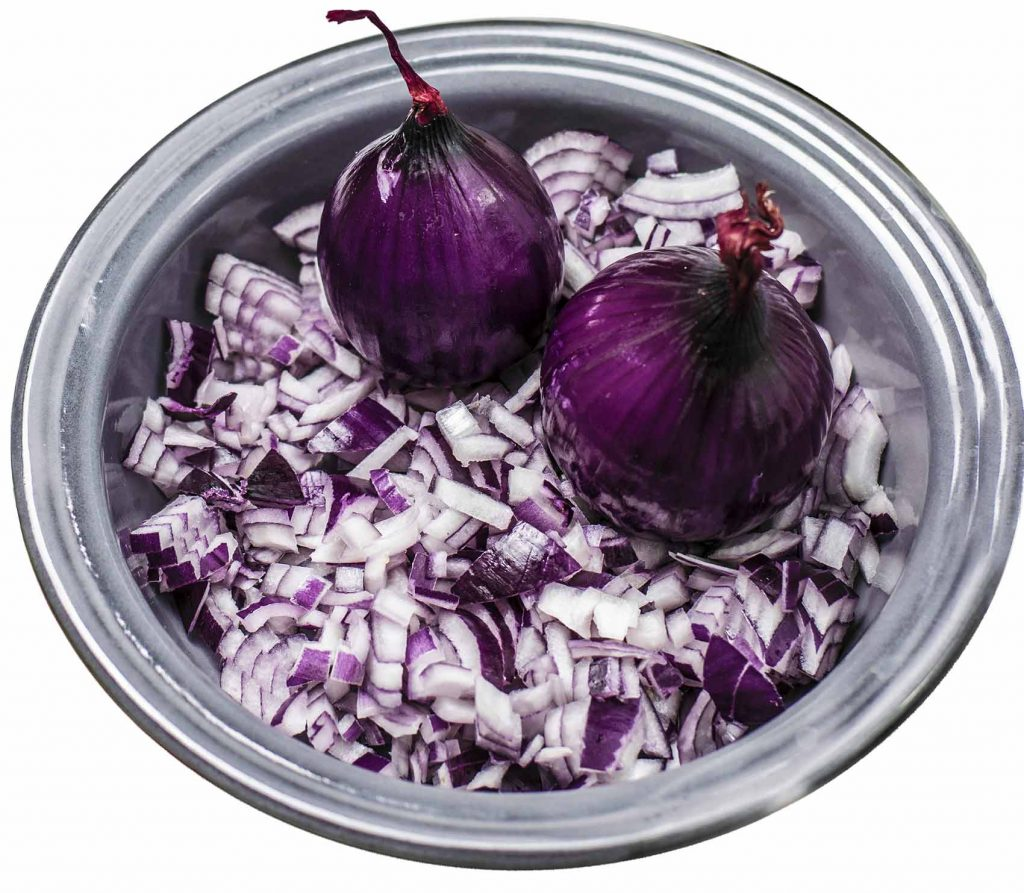 What is red onion good for?