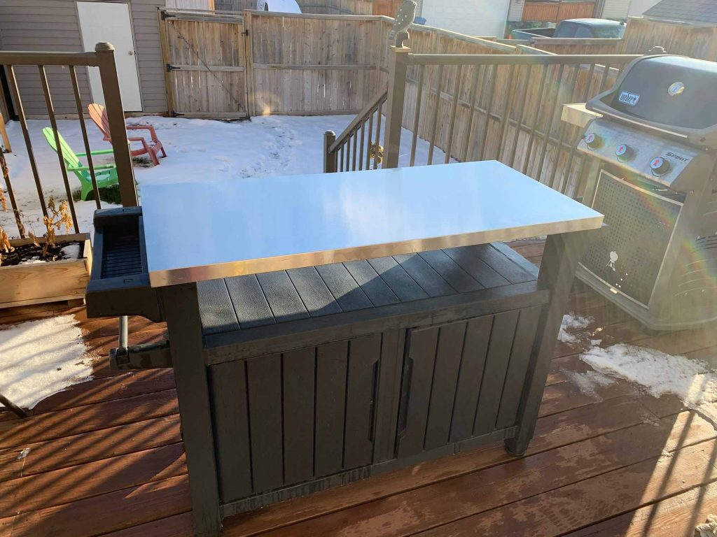 keter xl unity outdoor countertop remains rust free even in the snow and rain